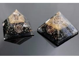 Pirámide orgonite 9x9cm de turmalina