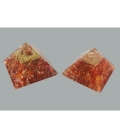 Pirámide orgonite 9x9cm de carneola