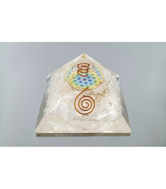 Pirámide orgonite flor de la vida 9x9cm selenita
