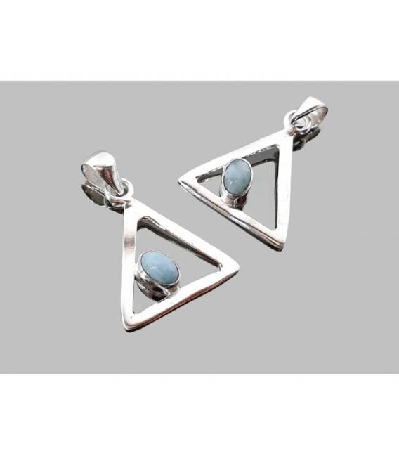 Colgante triangulo cabujón larimar plata